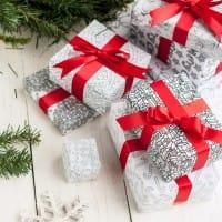 DIY Christmas wrapping paper – 8 printable gift wrap templates for Christmas gift wrapping | Find more Christmas printable activities and coloring pages at www.sarahrenaeclark.com/christmas