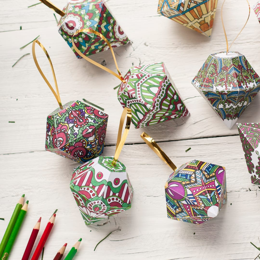 DIY Christmas ornaments – 10 printable coloring templates to make your own Christmas ornaments from paper | Find more Christmas printable activities and coloring pages at www.sarahrenaeclark.com/christmas
