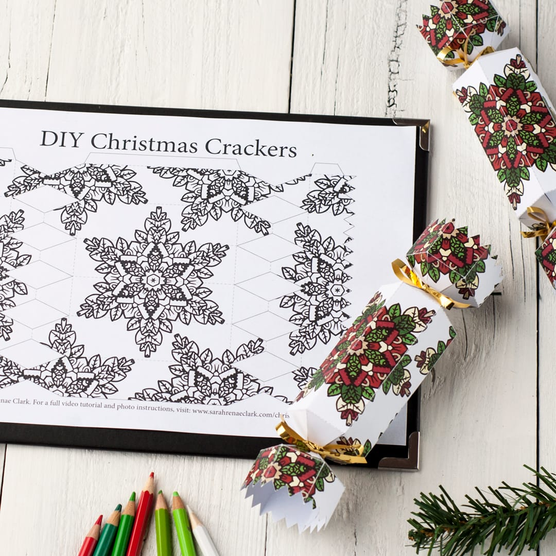 Make your own Christmas Crackers with this free printable cracker template! Find more Christmas printables at www.sarahrenaeclark.com/christmas #christmascracker #template #free