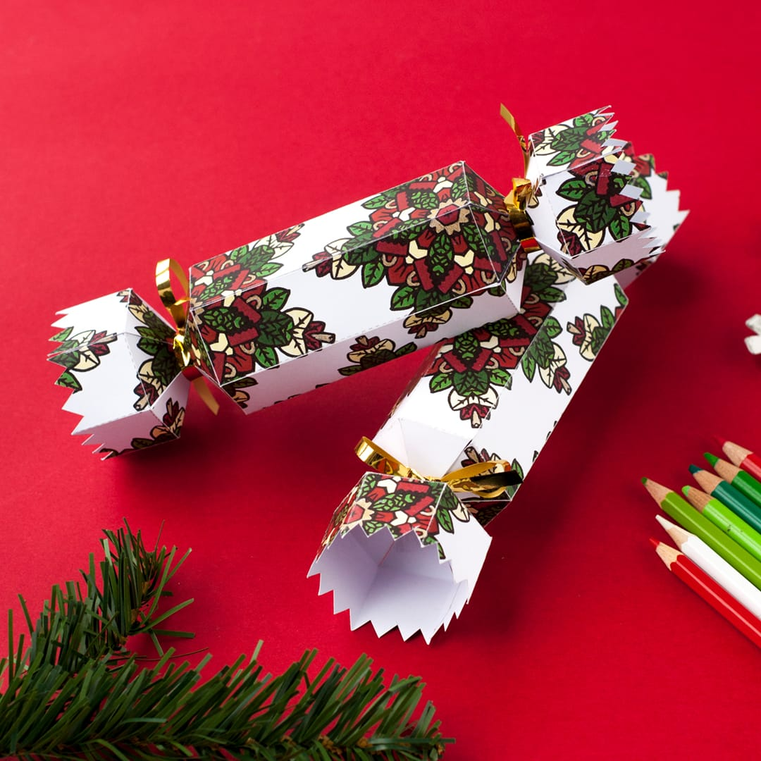 How to make a christmas cracker free printable template and step 12 how to make a diy christmas cracker with this easy tutorial and solutioingenieria Image collections