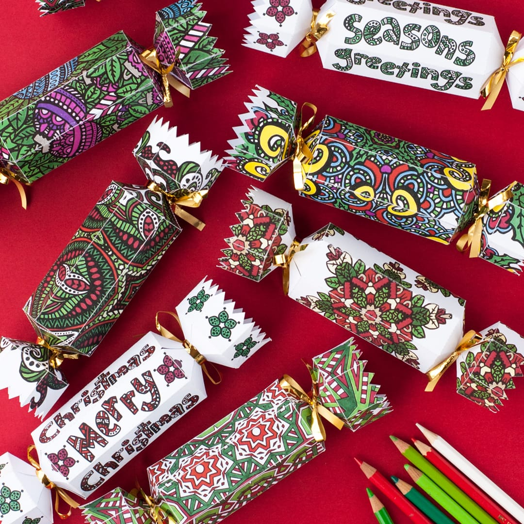 Make a DIY Christmas cracker with this template and tutorial. What a great personalized Christmas gift!