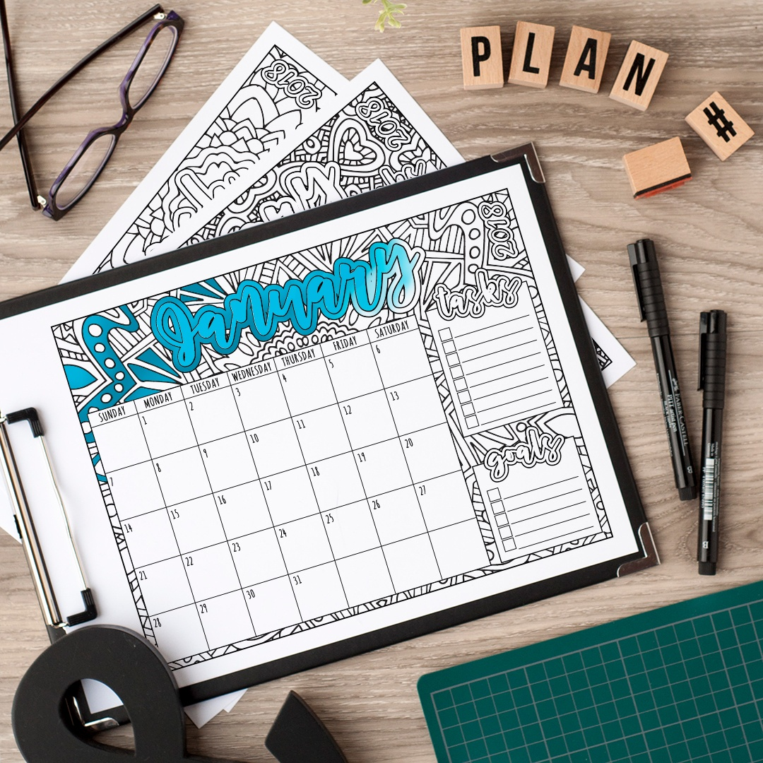 2018 calendar - printable coloring calendar to organize your year in 2018! Get it at www.sarahrenaeclark.com // #calendar #2018calendar #printable